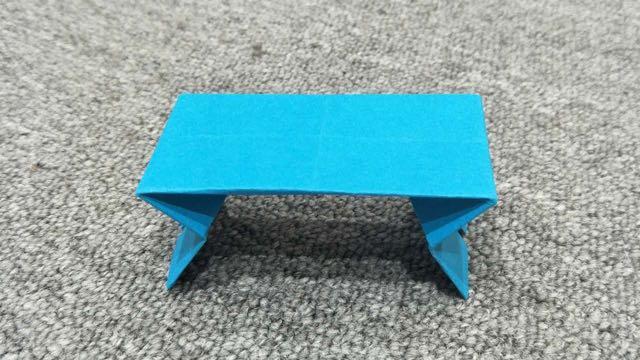 内部培训-手工折纸小桌子-杨茜
